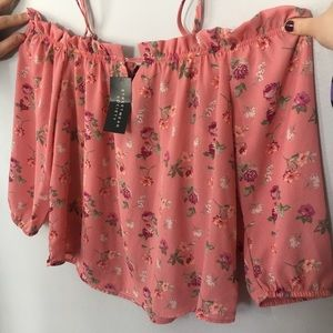 NWT SWS Floral Open Shoulder Top Size XL